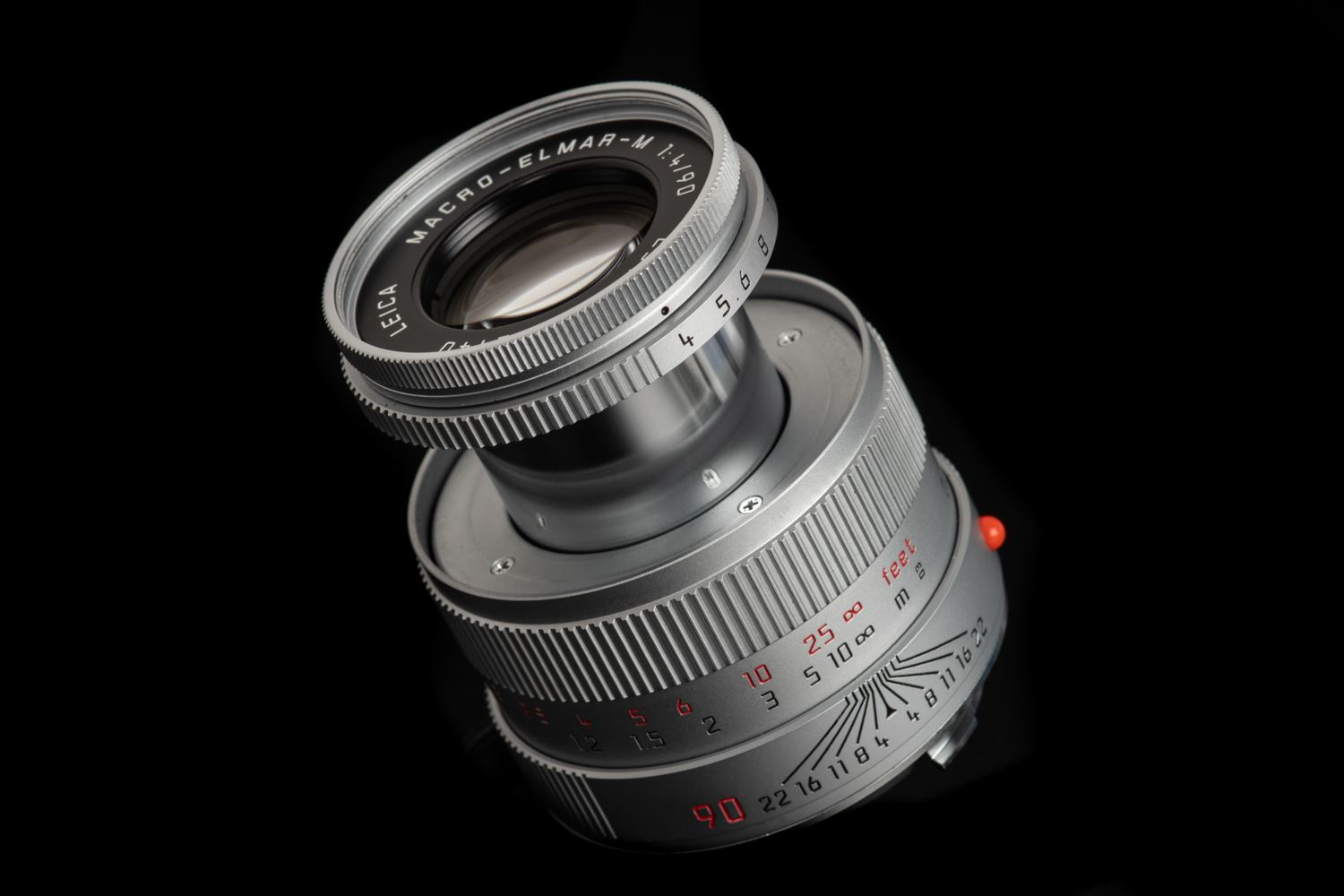 Picture of Leica Macro-Elmar-M 90mm f/4 Silver with Macro-Adapter