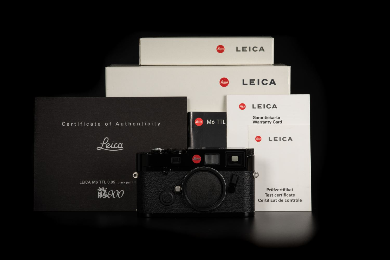 Picture of Leica M6 TTL 0.85 Black Paint 'Dragon 2000' Limited Edition