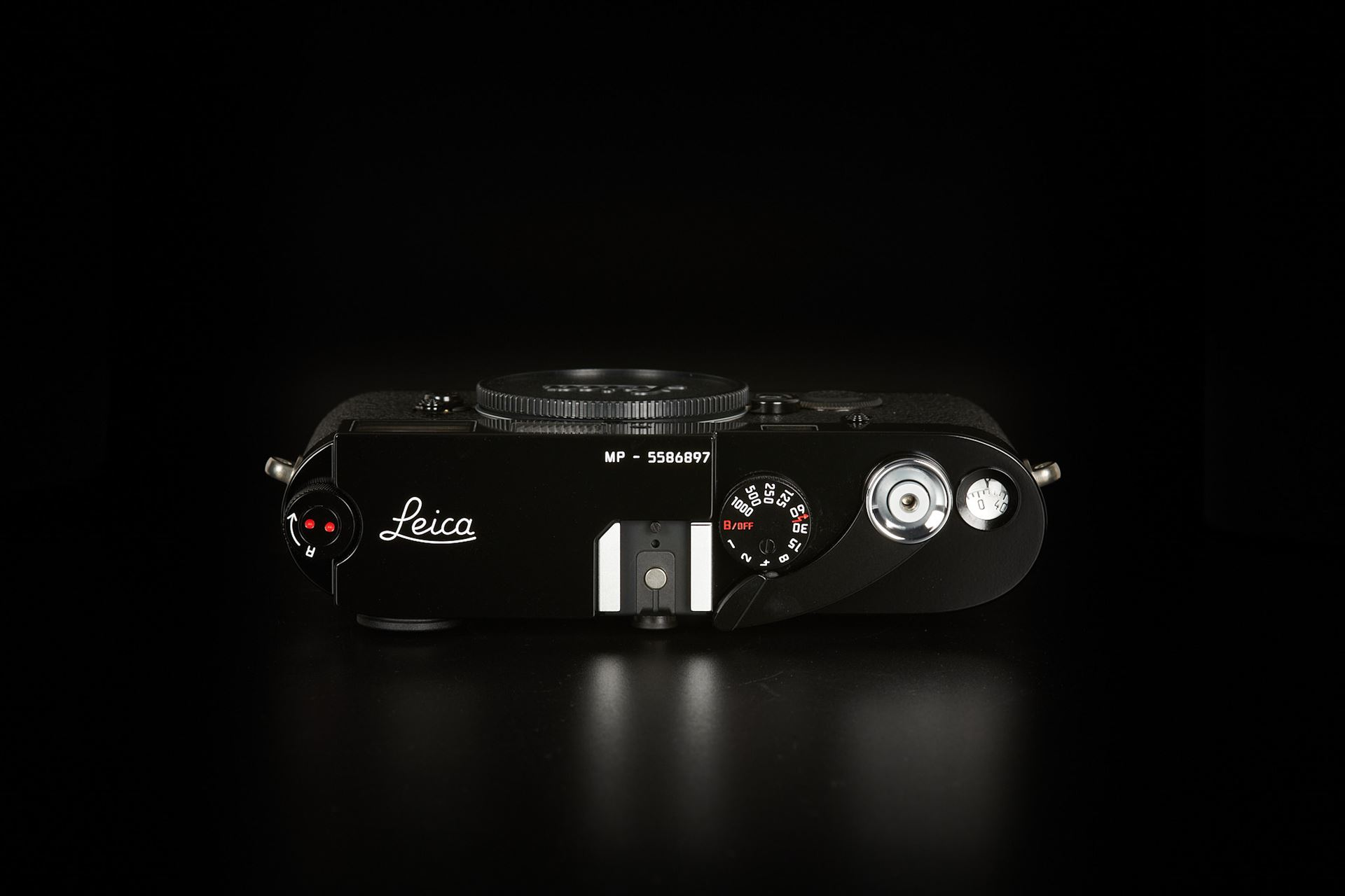 Picture of leica mp black paint