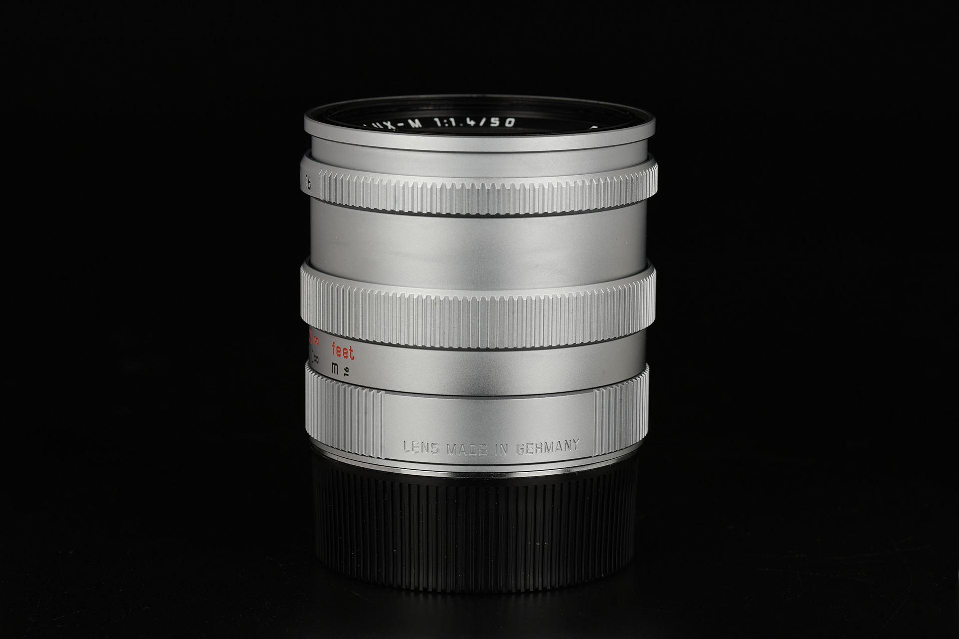 Picture of leica summilux 50mm f/1.4 pre-asph silver chrome
