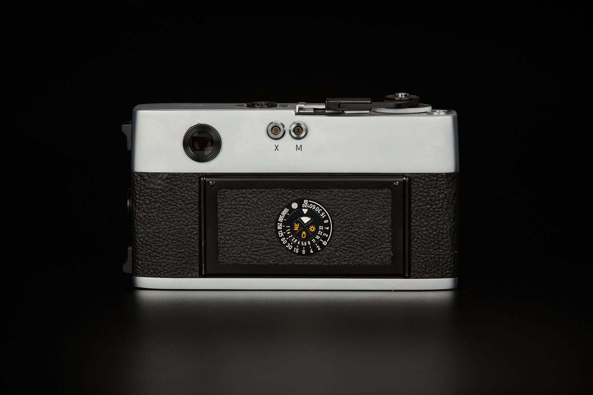 Picture of leica m5 chrome without serial number