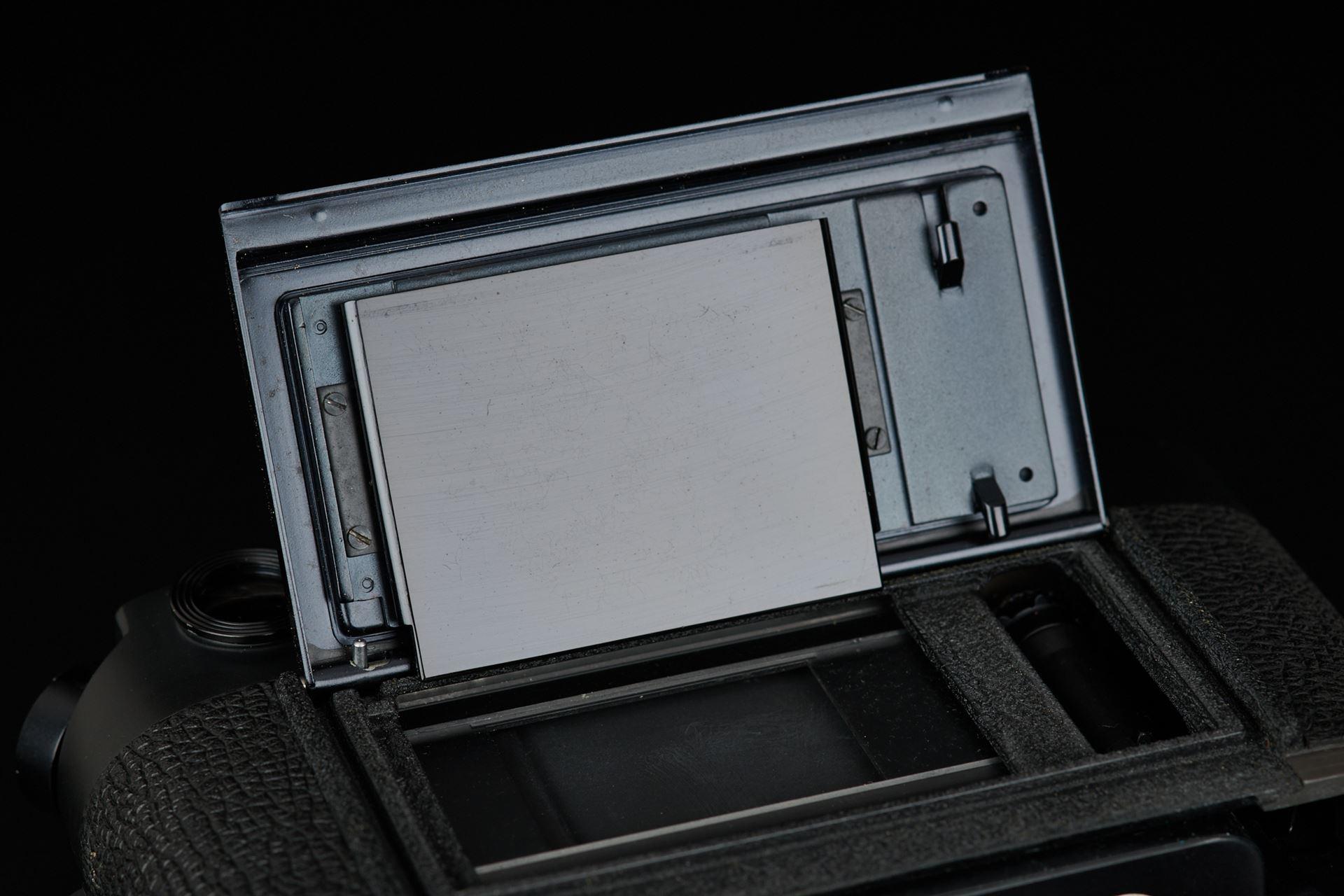Picture of leica m4 blcak chrome 50 jahre wetzlar