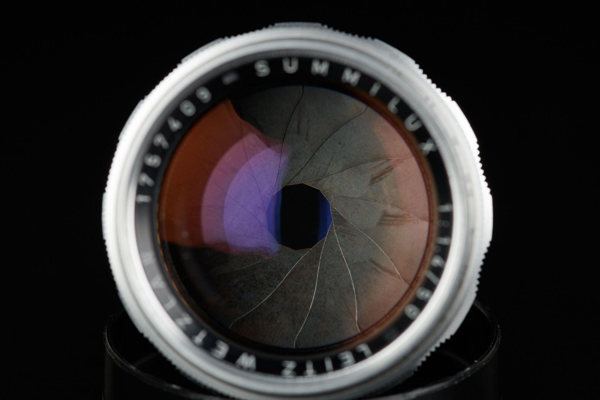 Picture of leica summilux 50mm f/1.4 ver.1 e43 silver screw ltm