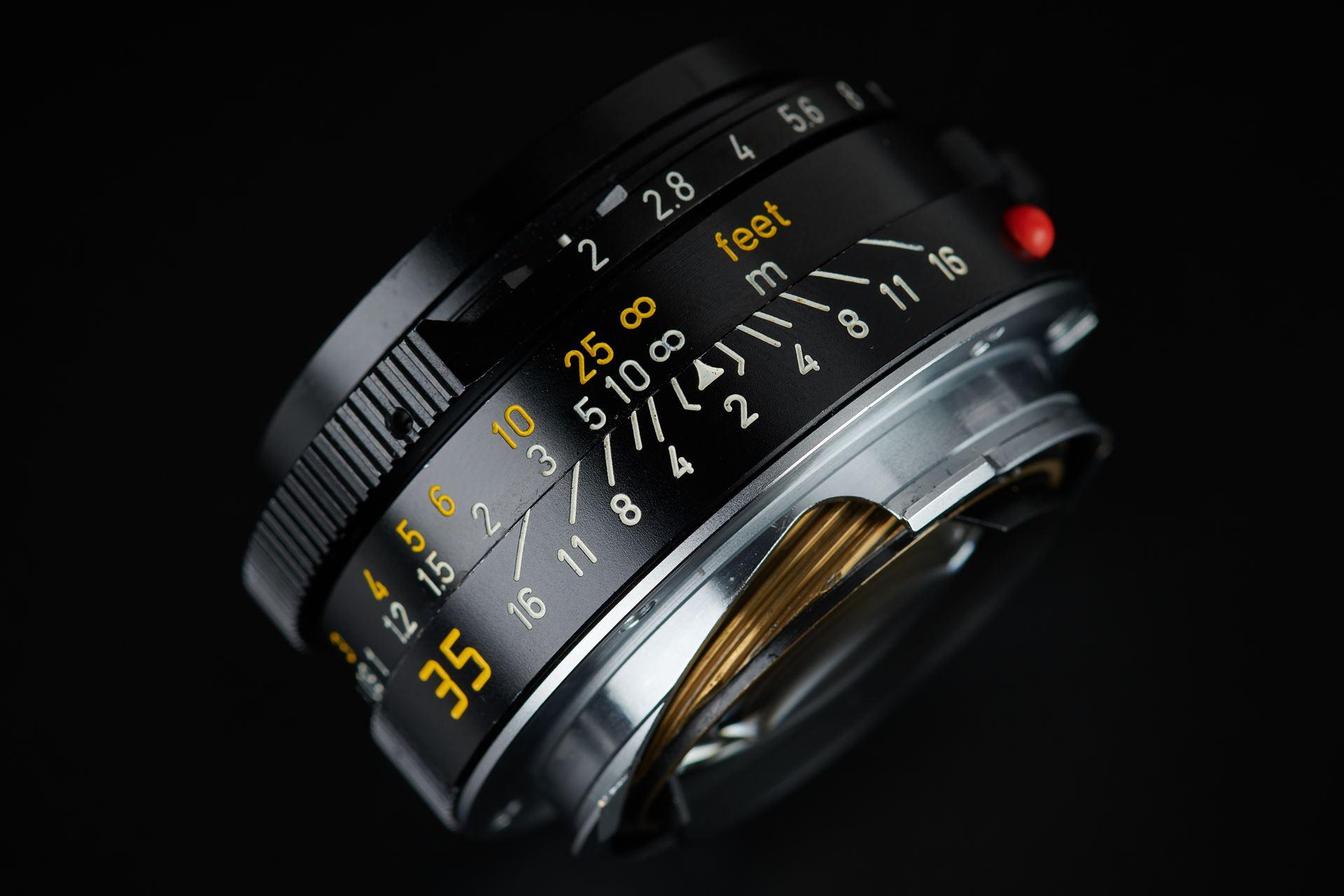 Picture of leica summicron-m 35mm f/2 ver.4 7-element black canada