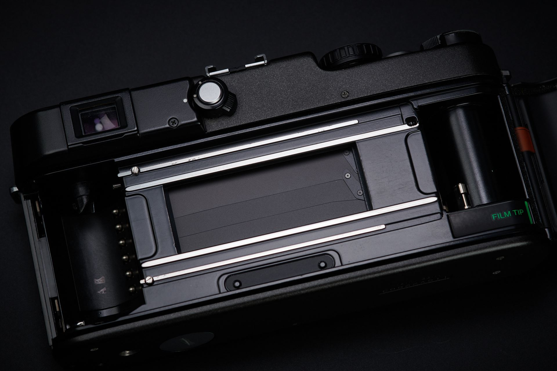 Picture of hasselblad xpan w/ hasselblad 45mm f/4
